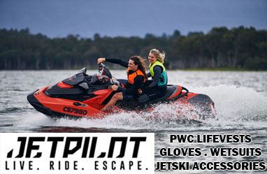 Jetski lifejackets, gloves & accessorioes