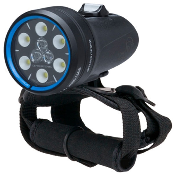 Light & Motion Sola Dive 2000 SF